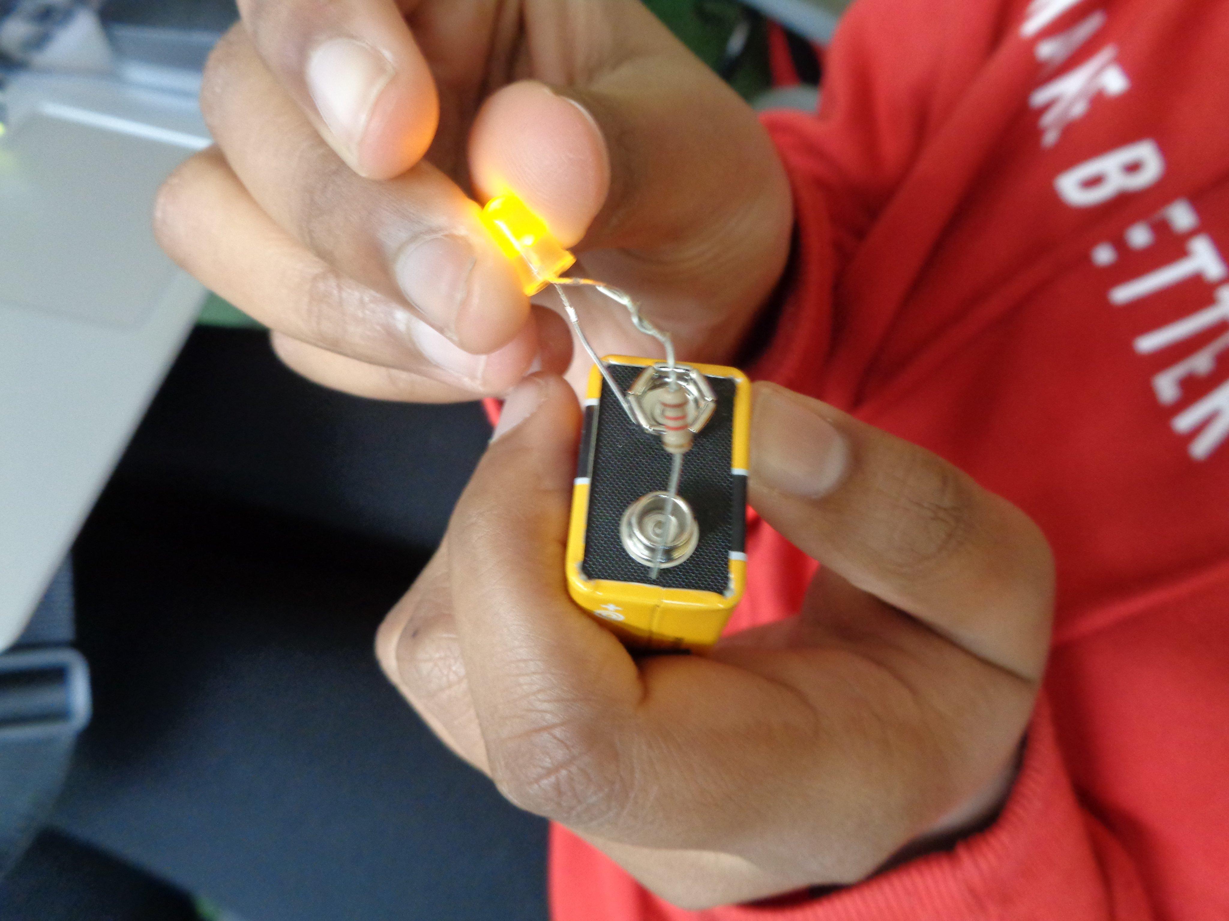 led+resistor+battery